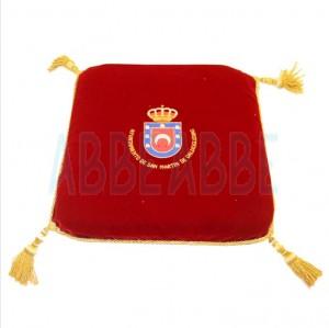 Cojín bordados con Escudo