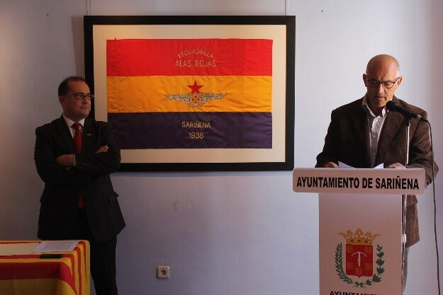 La bandera de Alas Rojas ya ha vuelto a casa