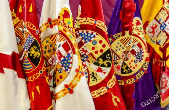 Exposición itinerante de banderas 'España en rojo y gualda'