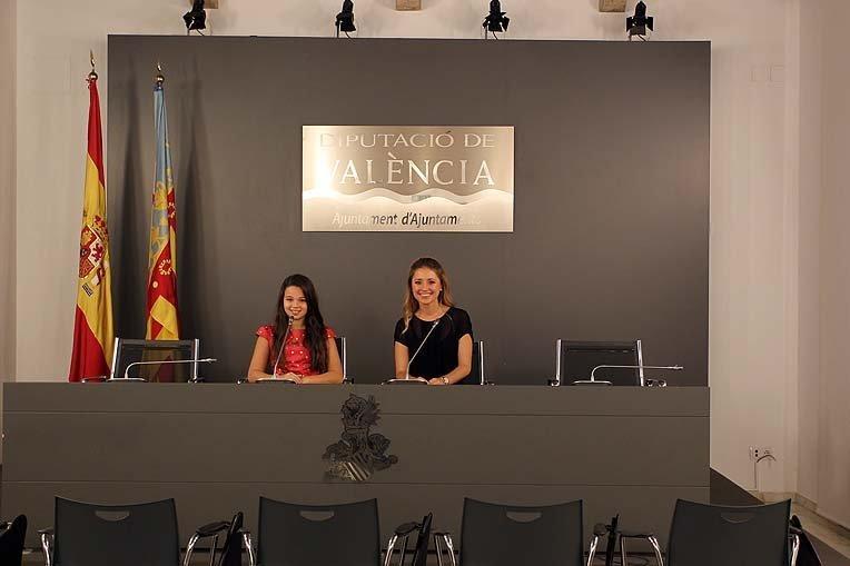 No cesan las visitas institucionales de Carmen y Claudia